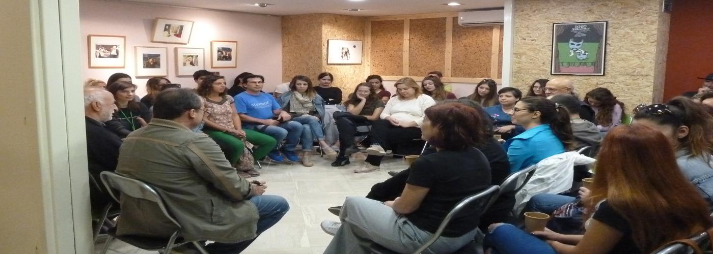 Εκπαίδευση στην εμψύχωση ομάδων, στη συμβουλευτική, στη ψυχοθεραπεία